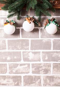 Новогодние ароматические шары из натуральных компонентов и специй