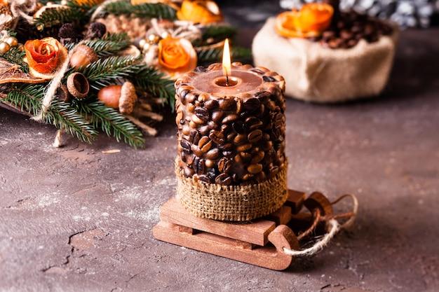 Рождественский ароматный эко-венок с кофейной свечой