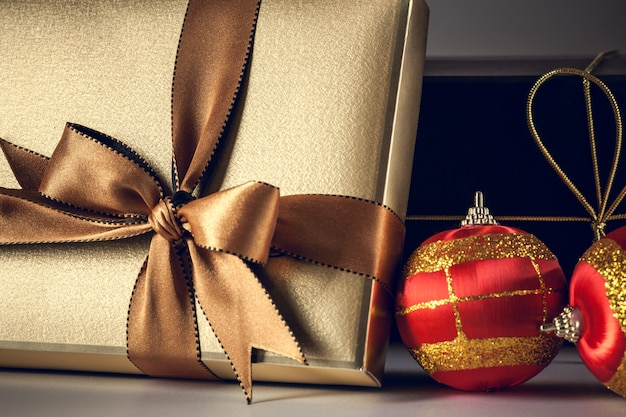Christmas background gold gift box