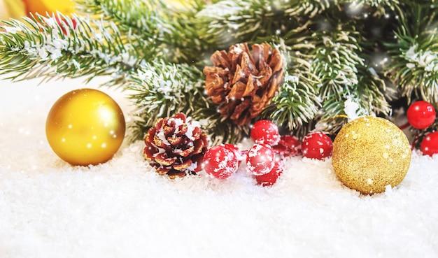 크리스마스 배경입니다. 새해 복 많이 받으세요. 선택적 초점
