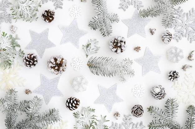 銀色でクリスマスの背景 Premium写真