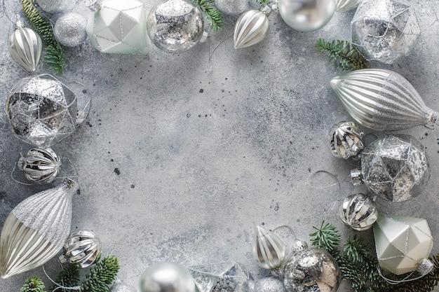 周囲のクリスマスの装飾とクリスマスの背景