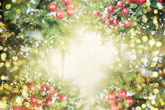 Рождественский фон с яркими огнями