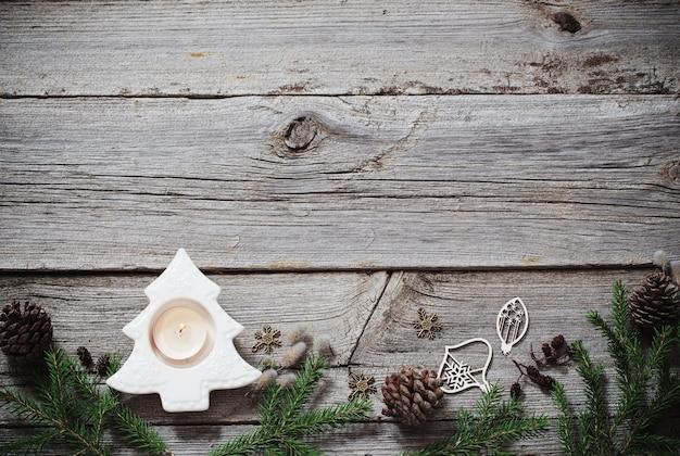 木製の装飾とクリスマスの背景