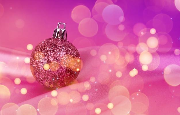 クリスマスボールとボケライト