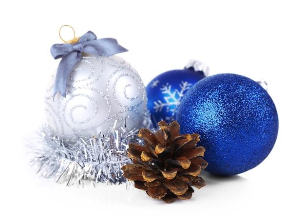 白で隔離のクリスマスボール