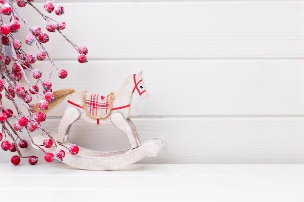 クリスマスの枝。クリスマスのグリーティングカード。シンボルクリスマス。