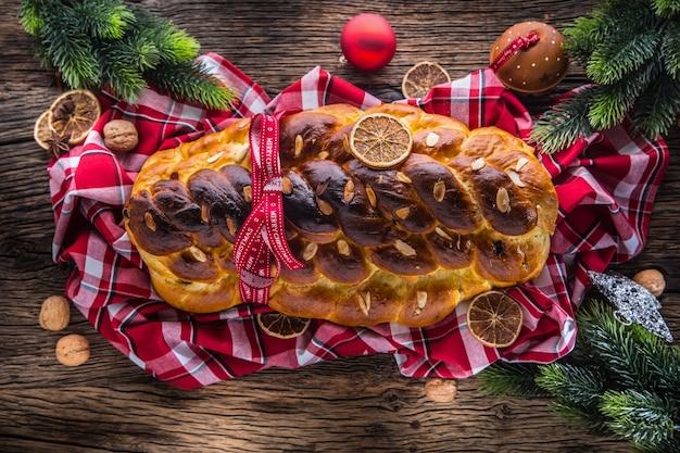 크리스마스 케이크 비아노카 슬로바키아 또는 동유럽 전통 과자