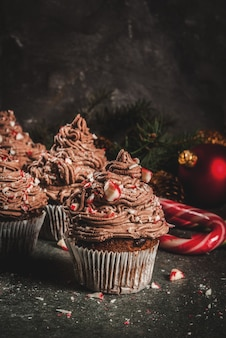 Christmas chocolate peppermint cupcakes