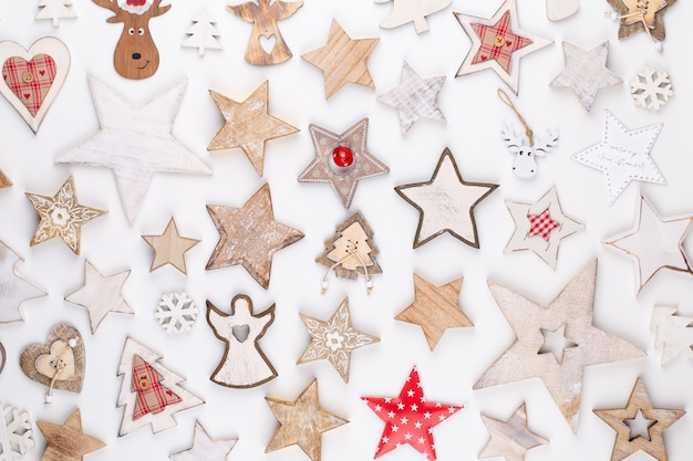 クリスマスコレクション、ギフト、装飾用の装飾品、青の背景に。