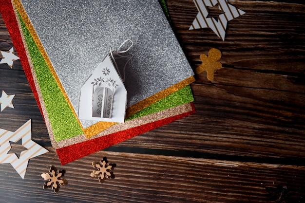Красочный фон рождество для зимних праздников. боке и выборочный фокус.