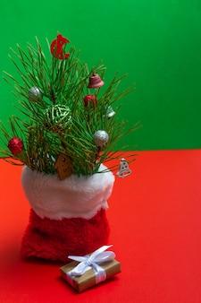 크리스마스 구성입니다. 크리스마스 배경, 레이아웃입니다. 크리스마스 항목 복사 공간. 새해의 정물