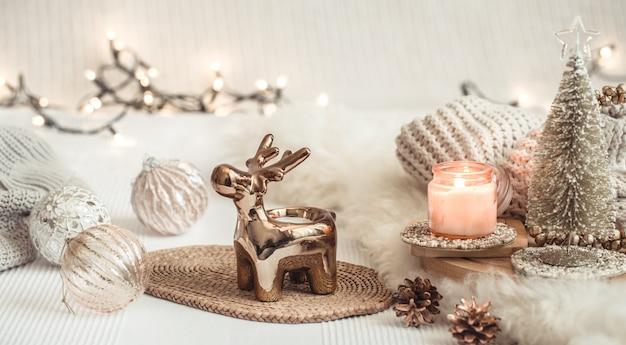 飾り付きのクリスマス作曲