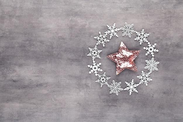 눈 조각 화 환 장식 크리스마스 구성