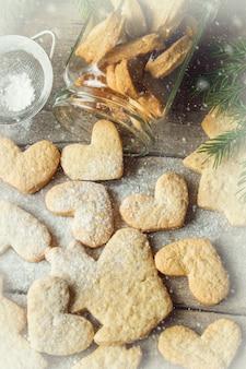크리스마스 쿠키. 선택적 초점. 음식과 음료.