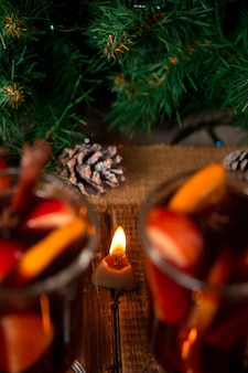 テーブルの上のクリスマスの装飾