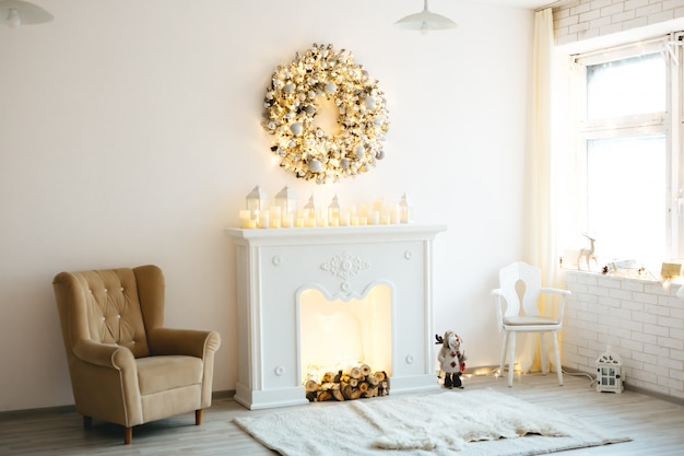 Christmas decoration for photo shoots with a golden white style
