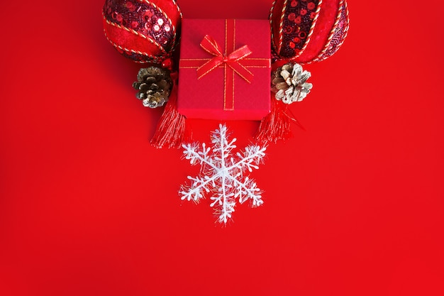 Christmas decoration with gift box and snowflake