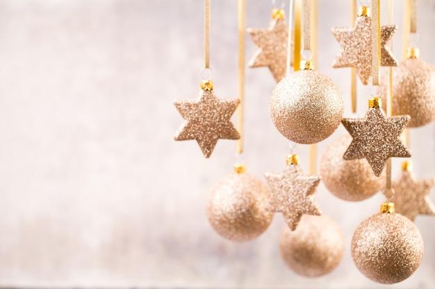 Рождественские украшения фон. символ рождества.