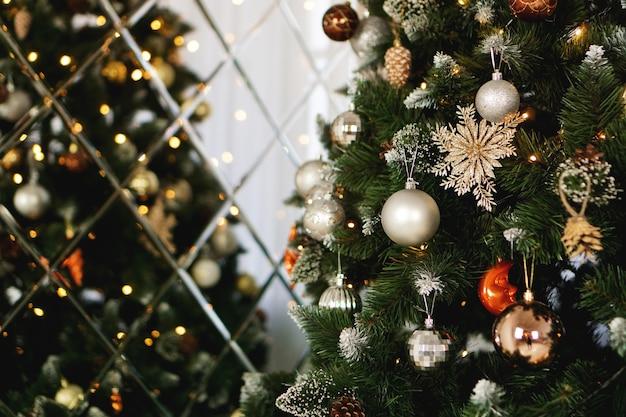 Christmas decorations, christmas tree