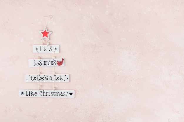 Christmas decorative wooden garland with text