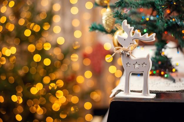피아노에 징글 벨 크리스마스 사슴 장난감