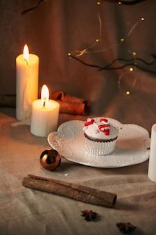 クリスマスデザート雪だるまカップケーキ