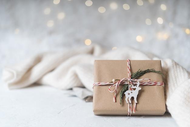 주니퍼와 사슴 크리스마스 에코 선물.