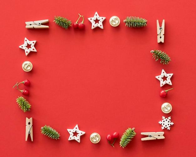 Рождественские элементы с копией пространства