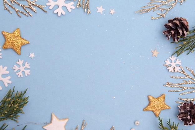 モミと黄金の小枝のクリスマスフラットレイアウト構成