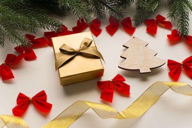 クリスマスプレゼント、フラットレイ、上面図