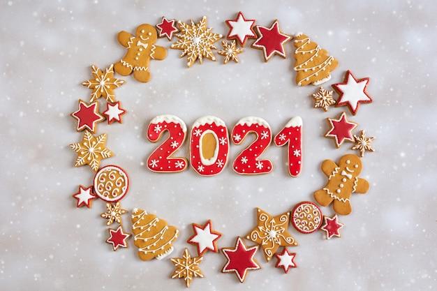 Рождественский пряничный венок с 2021 года