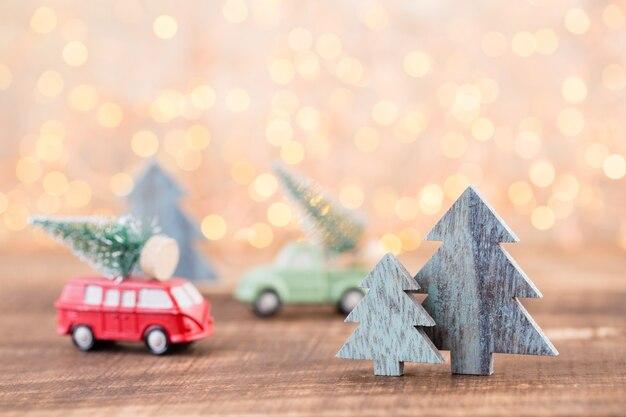 クリスマスのグリーティングカード。灰色の背景にお祭りの装飾。新年のコンセプトです。コピースペース。フラット横たわっていた。上面図。