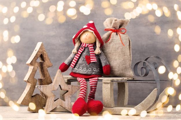 Рождественская открытка. ноэль гном фон. рождественский символ.