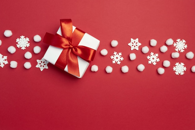 빨간 리본 및 눈송이 선물 상자 크리스마스 휴일 인사말 카드