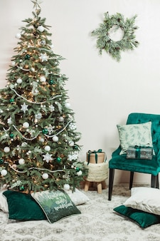 Christmas holidays home interior simple exquisite rustic style green beige