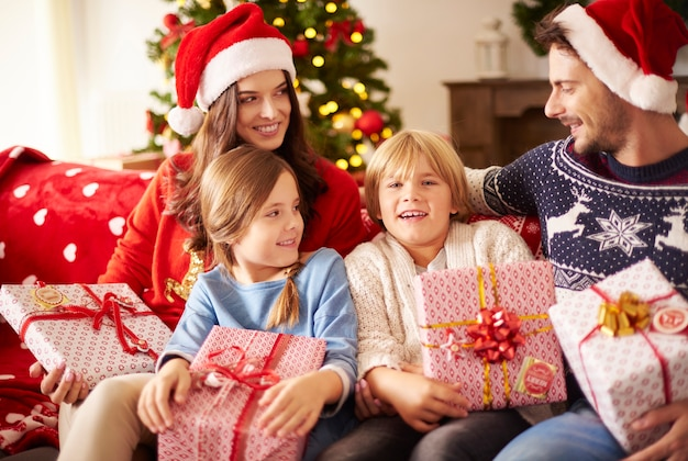 家で家族とのクリスマス休暇