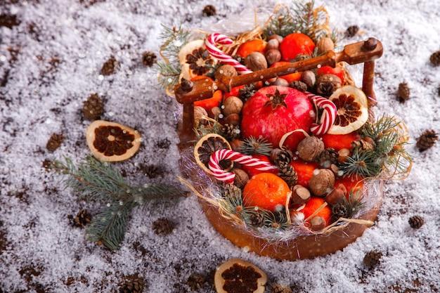 Рождественские новогодние композиции с мандаринами