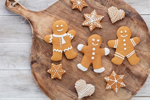 크리스마스, 새 해 요리 배경입니다. 베이킹 재료 및 기구.
