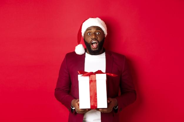 Natale, capodanno e concetto di acquisto.