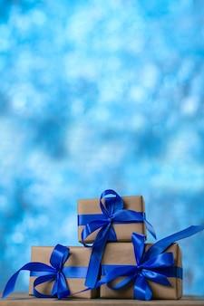 クリスマスや誕生日プレゼント。