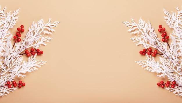 ニュートラルな色のクリスマスや新年の背景