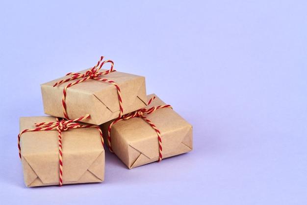 Рождественские или новогодние подарочные коробки