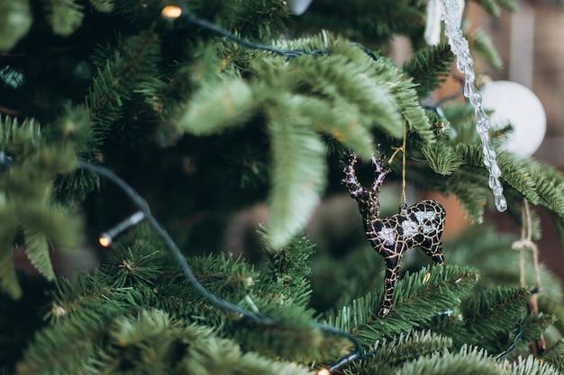 ツリーのクリスマス飾り