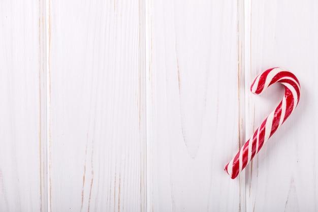 白のクリスマスストライプキャンディ杖