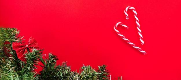 クリスマスツリーとキャンディケイン