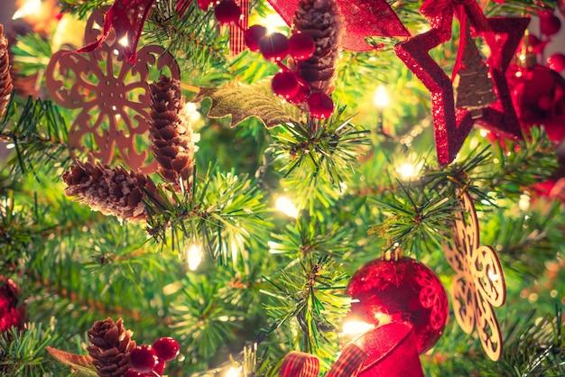 크리스마스 트리 및 장식 (필터링 된 이미지 처리 게임