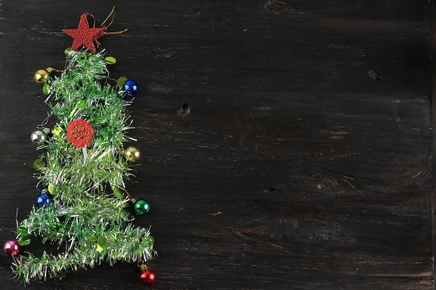 Рождественская елка украшения концепции фон копией пространства для текста, вид сверху