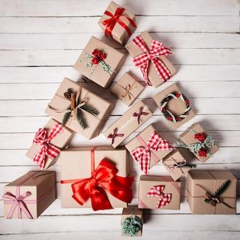 크리스마스 트리 모양
