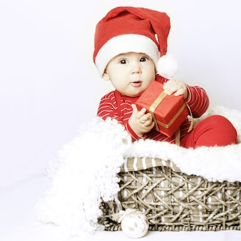 Christmasr baby wear santa hat and gift